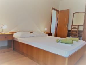 13-apartments-vrtlici-a3-room-double-beda39faac5-4cff-bcf8-c344-16654df00029