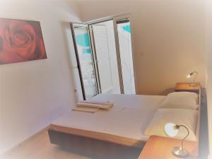 23-apartments-vrtlici-a4-bedroom-terrace5c36b1d3-7747-6d71-97b0-e1d1585c89a7