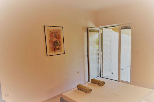 10-apartments-vrtlici-a3-room-with-terracef3fb2544-00d0-f2f3-4741-d7661c9f0e9c0E67B60E-05BD-06D6-D056-97FC3811F355.jpg