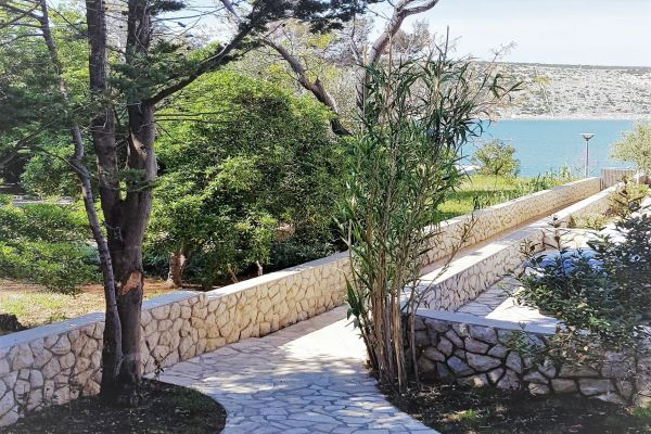 15-meter-path-to-apartments-vrtlici-beach3a893321-6d95-abea-5f8e-516a38edf125CAD6A2E0-C886-DCA8-C408-C7CB95A8128E.jpg