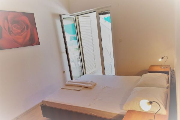 23-apartments-vrtlici-a4-bedroom-terrace5c36b1d3-7747-6d71-97b0-e1d1585c89a7BF049A4C-E2E6-8B62-2DA2-FB9D5A35FD8F.jpg