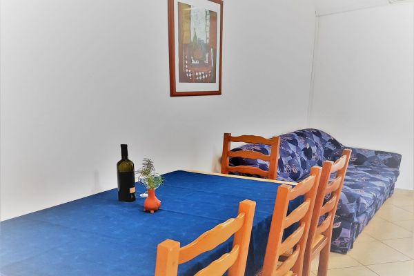 5-1-apartments-vrtlici-a1-picture-of-living-room5a77d5e5-43b7-6acb-8ec4-27cf953dc404BA792566-E5DE-9F60-A155-51DDA994633A.jpg