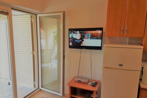 5-apartments-vrtlici-a1-picture-of-living-roomcb328fc8-3266-b19b-2527-35c4bd8dec8fF0BE9422-7CBA-1959-86B3-460A6CF4769D.jpg